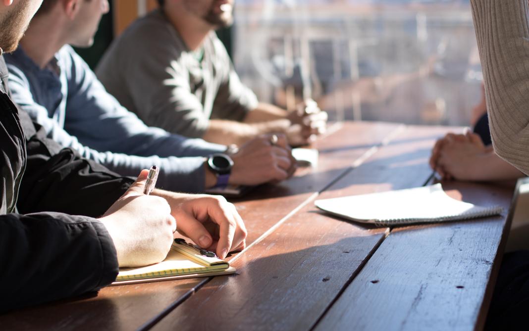 Online Reputationsmanagement: Wie reagiert man auf negative Mitarbeiterbewertungen?